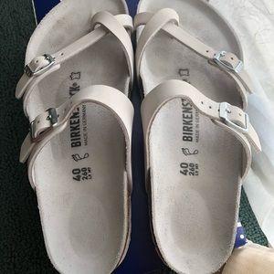 Size 40 white Mayari Birkenstock